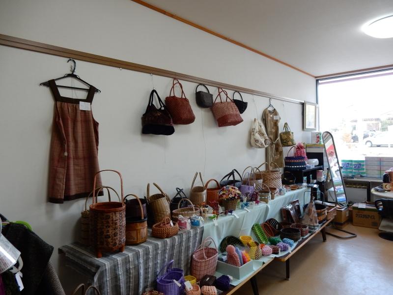 仮設住宅入居の浪江町の被災者「遊・友俱楽部」の作品展
