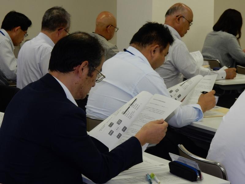 平成27年度「生活支援相談員配置市町村社協連絡会議」が開催されました!_005