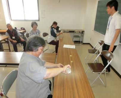 つながっぺサロン「げんき」in日新 (リフレッシュ体操)